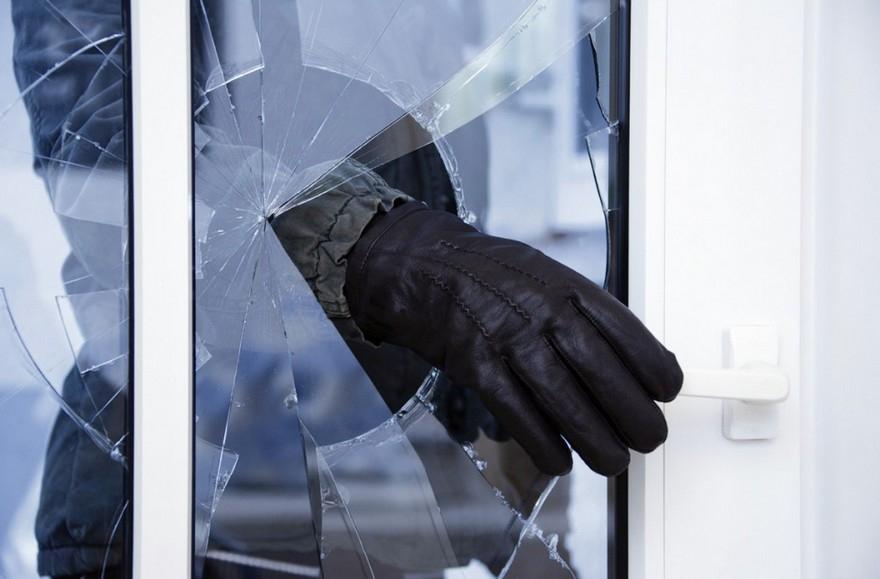 В деревне Кудымкарского района совершена кража из частного дома