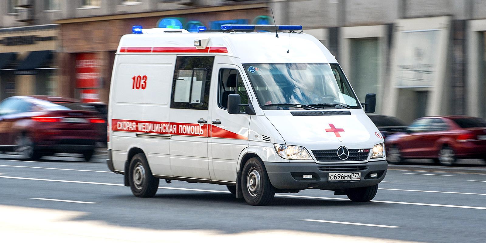 ГИБДД привлечет к ответственности водителя, не пропустившего скорую помощь